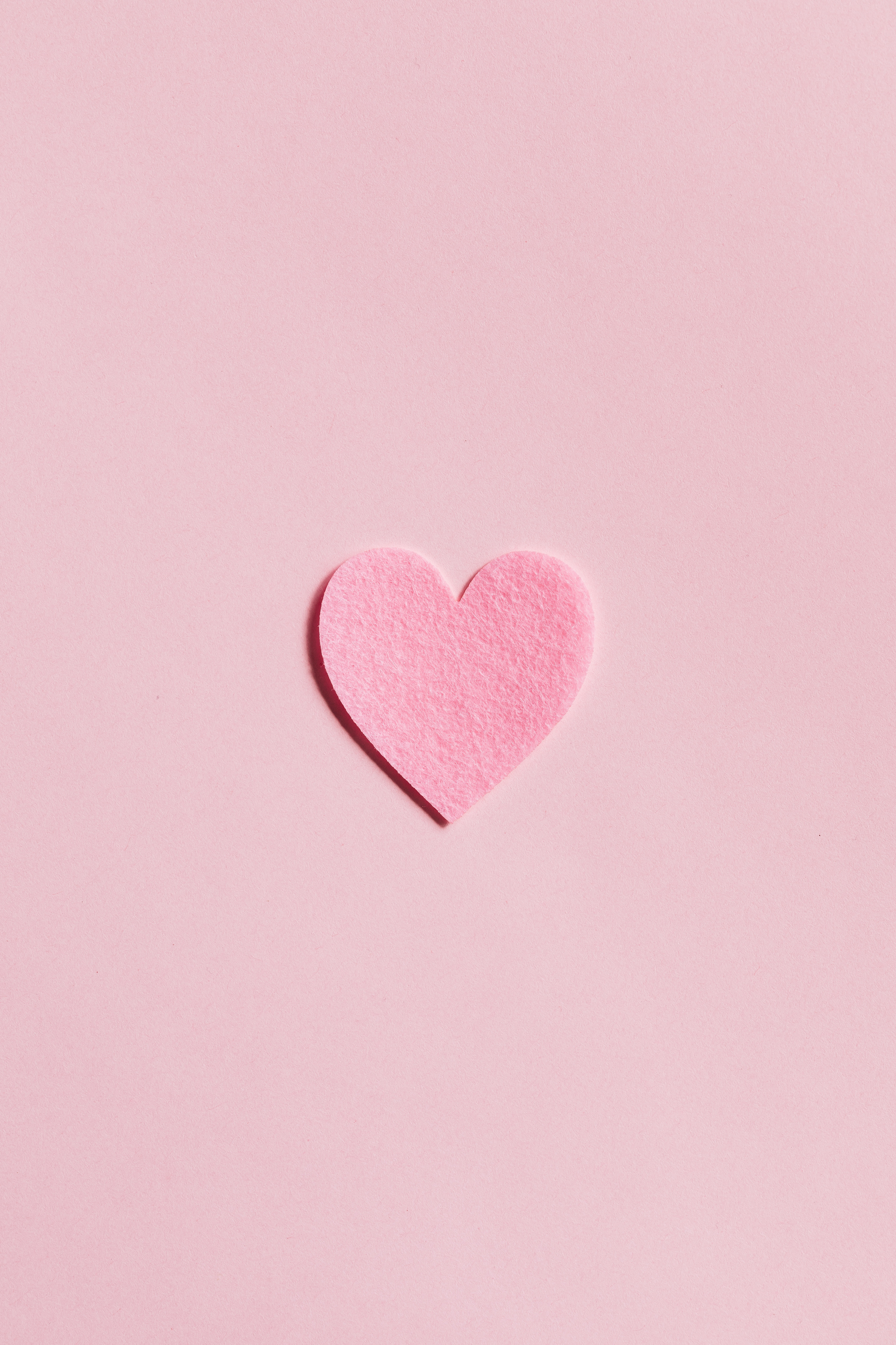 Pink Valentine day iPhone wallpaper