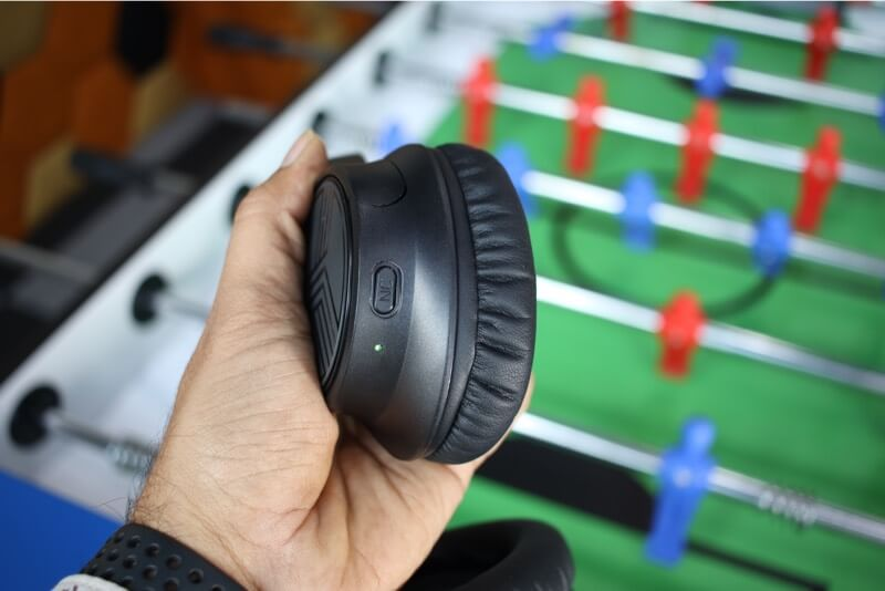 Active Noise Cancellation Button and LED indicator on Headphones