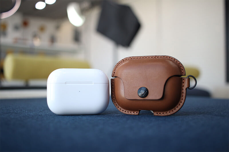 AirSnap Pro Leather Case for AirPods Pro from Twelve South