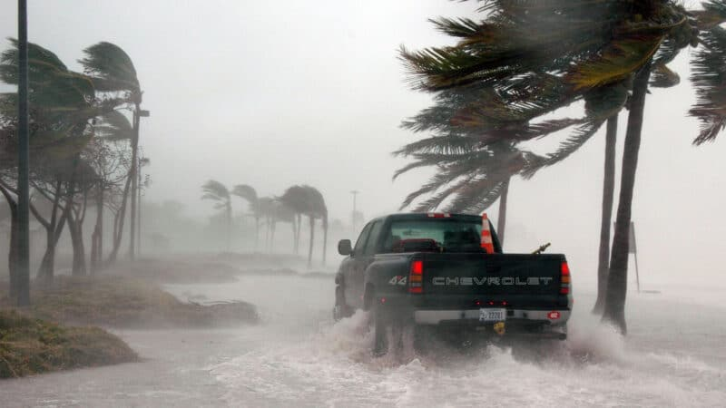 Best Hurricane Tracker Apps for iPhone and iPad