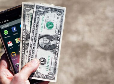 Best Money Transfer Apps for iPhone and iPad