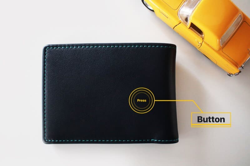 Buzz Your iPhone with Button on Walli Smart Wallet