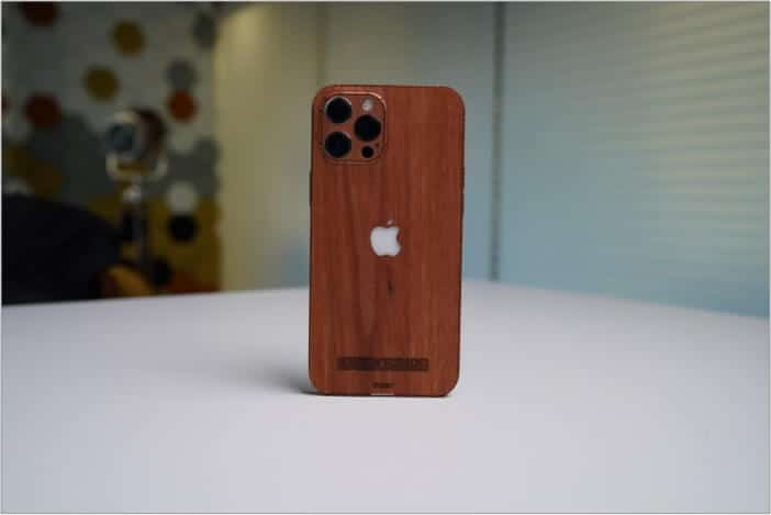 Clicks to get an idea about the look of Toast iPhone 12 cover