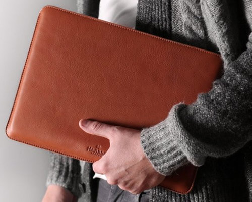 Harber MacBook Pro and MacBook Air Leather Sleeve