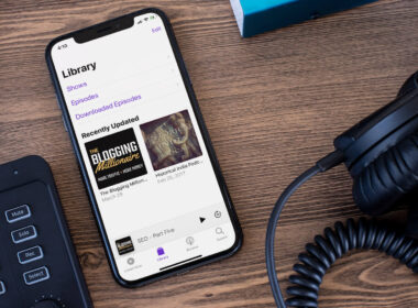 How to Add Remove Podcasts and Episodes in the Podcasts App on iPhone