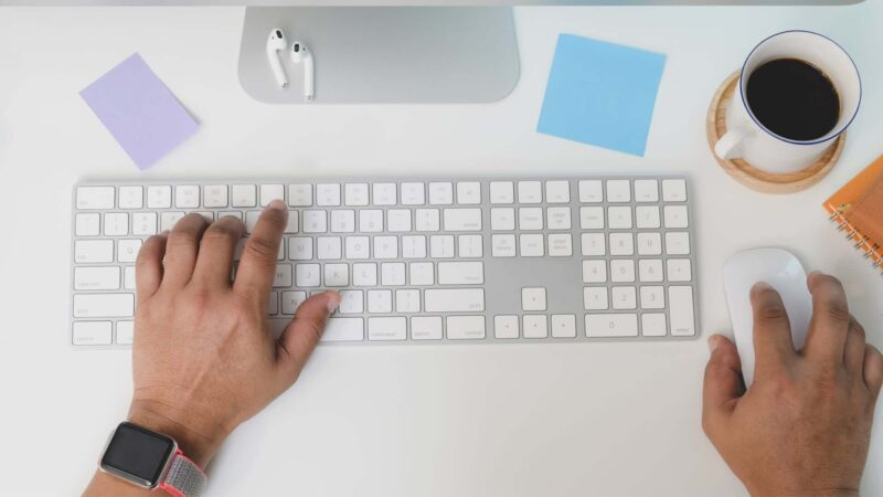 How to Connect Magic Keyboard to Mac, iPhone, and iPad