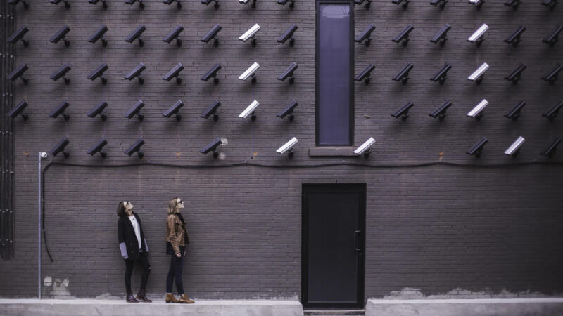 How to Detect Hidden Surveillance Cameras with iPhone and Android