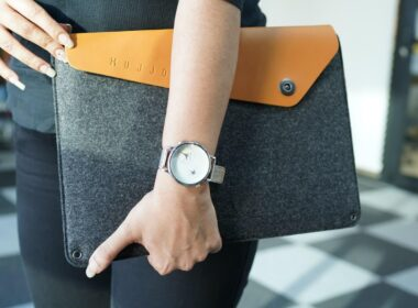 Mujjo Sleeve for 13-inch MacBook Air and Pro