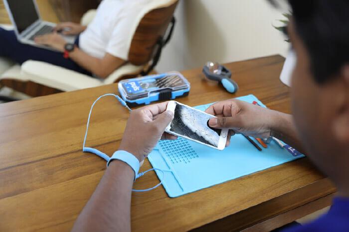 Puls On-demand iPhone Repair Service