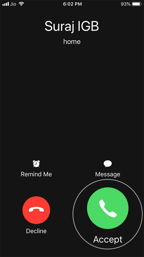 Receive Call on iPhone