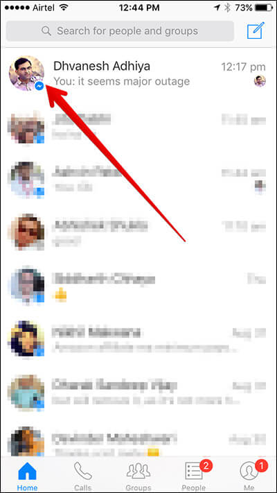 Select Contact in Messenger on iPhone