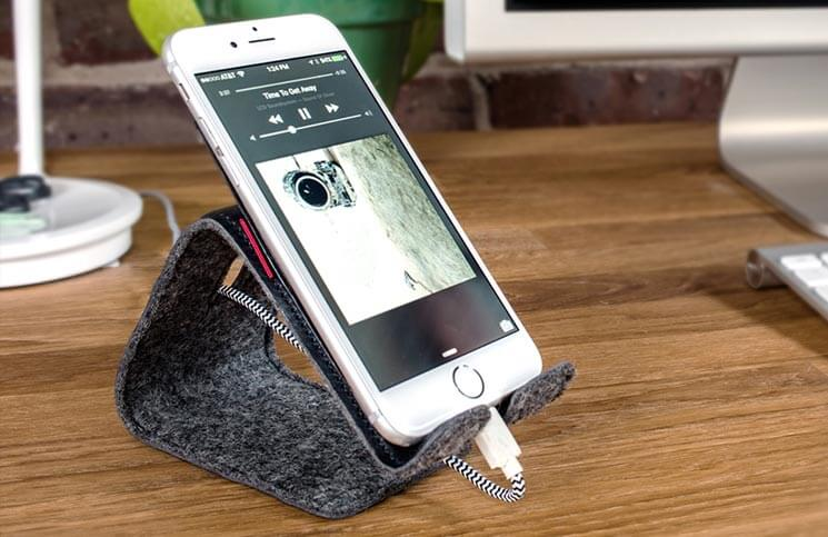 Stanley Bendable Leather Stand for iPhone