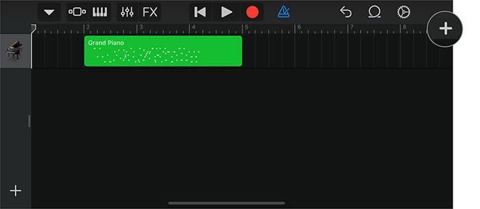Tippen Sie in der GarageBand-App auf das kleine Plus-Symbol, um eine Sprachnotiz auf dem iPhone zu erstellen