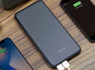 USB-C Power Banks for iPhone Xs Max, Xs, and iPhone XR