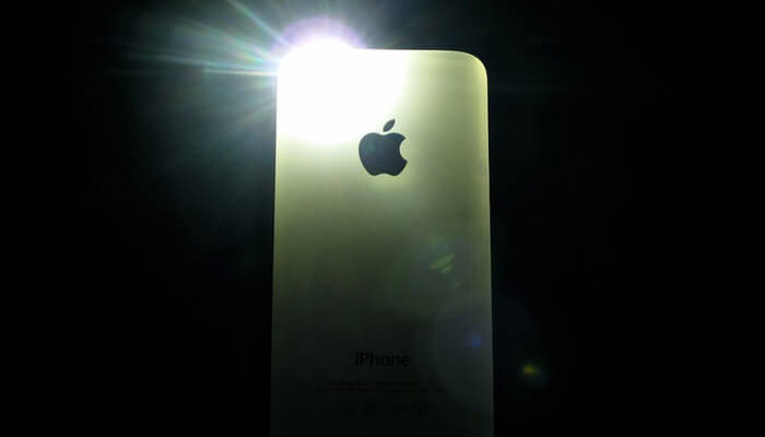 Use Old iPhone as a Torch