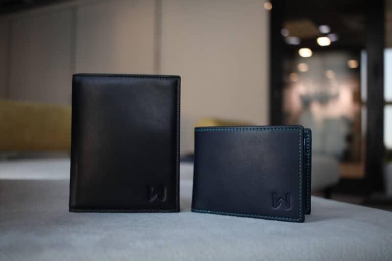 Walli Smart Wallets on Table
