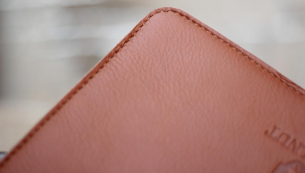 Woolnut MacBook Pro Sleeve Design and Style