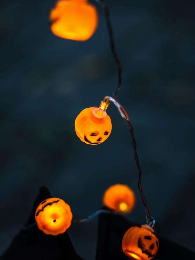 Cute Halloween Wallpaper for iPhone