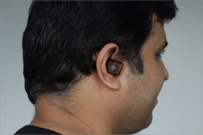mw07 plus earbuds in ear