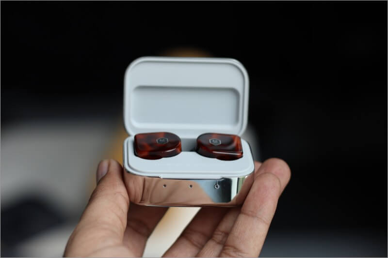 mw07 plus earbuds in stainless case