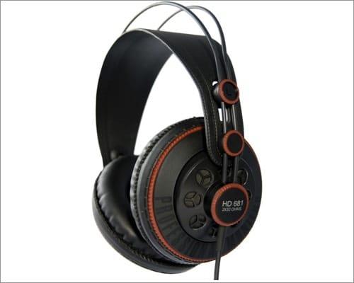 Superlux HD 681 audiophile headphones