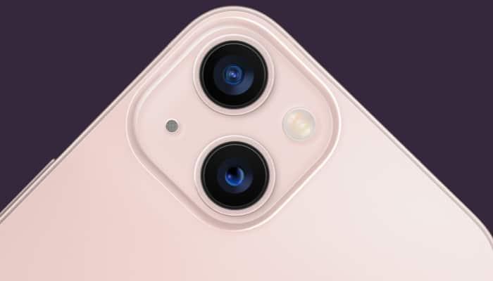 Most advanced dual‑camera system in iPhone 13 mini